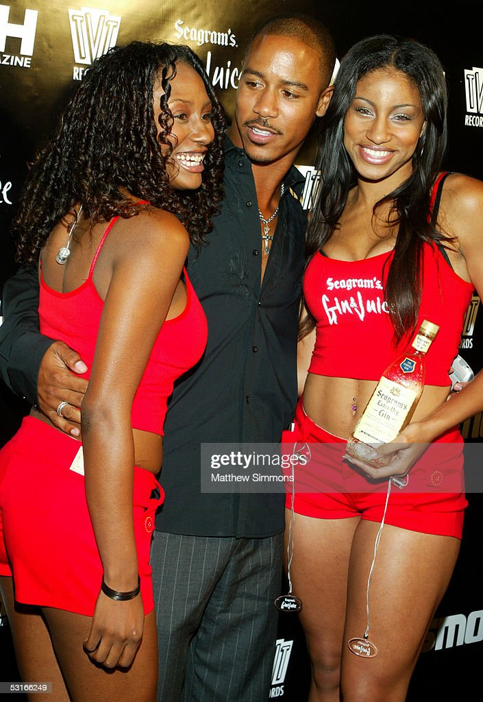 Actor Brian J. White with Seagrams Spokesmodels Venus and Tiffany Lexus arrives to Smooth Magazine's BET Awards After Party on June 29, 2005 at Club Mood in Hollywood, California.