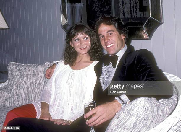 Actor Brodie Greer and his PR agent Cricket Flynn on April 22 1981 pose for photographs at his home in Hollywood California