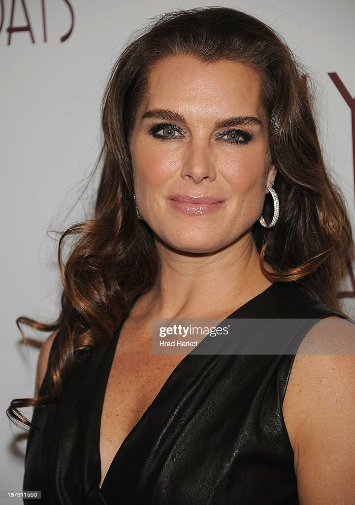 Actor Brooke Shields attends the Billy Crystal's '700 Sundays' Broadway opening night at Imperial Theatre on November 13, 2013 in New York City.