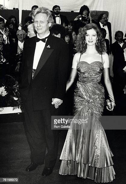 Actor Bruce Davison and wife Lisa Pelikan attending 63rd Annual Academy Awards on March 25 1991 at Shrine Auditorium in Los Angeles California