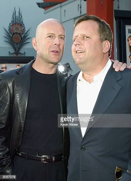 Actor Bruce Willis and his brother producer David Willis pose at the premiere of Warner Bros' 'The Whole Ten Yards' at the Chinese Theater on April 7...