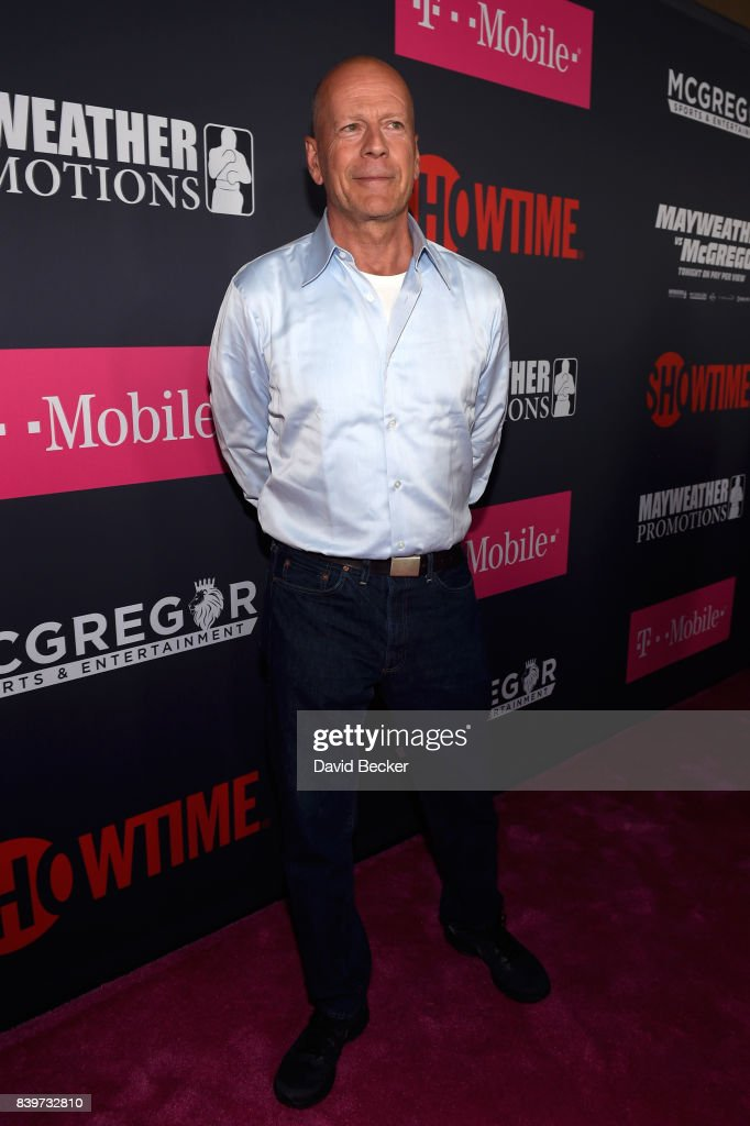 Actor Bruce Willis arrives on T-Mobile's magenta carpet duirng the Showtime, WME IME and Mayweather Promotions VIP Pre-Fight Party for Mayweather vs. McGregor at T-Mobile Arena on August 26, 2017 in Las Vegas, Nevada.