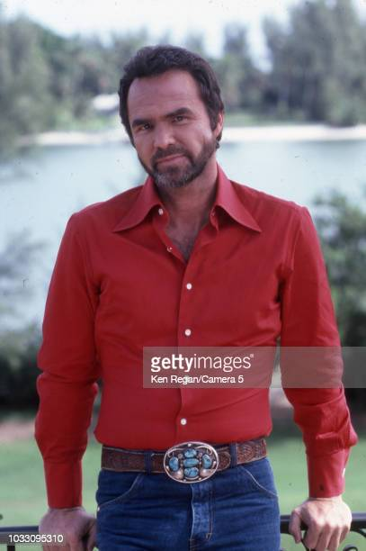 Actor Burt Reynolds is photographed 1982 in Jupiter Florida CREDIT MUST READ Ken Regan/Camera 5 via Contour by Getty Images