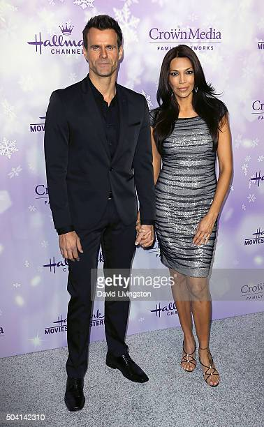 Actor Cameron Mathison and wife Vanessa Arevalo attend the Hallmark Channel and Hallmark Movies and Mysteries Winter 2016 TCA press tour at...