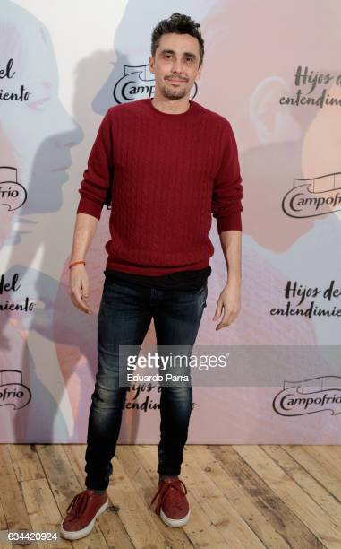 Actor Canco Rodriguez attends the 'Hijos del entendimiento' photocall at the Luchana Theater on February 9 2017 in Madrid Spain