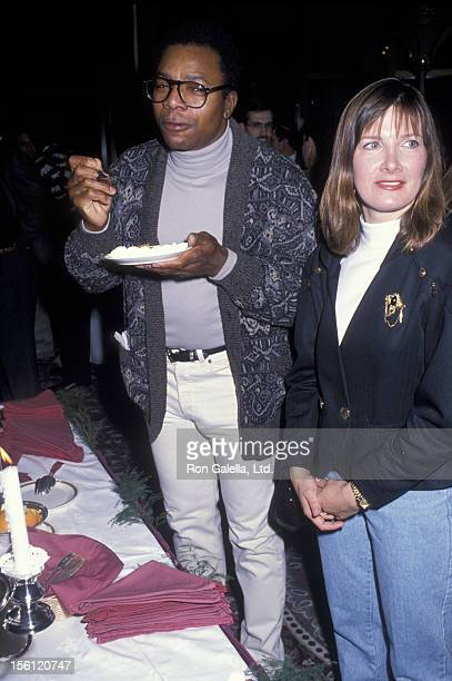 Actor Carl Weathers and wife attending 'The Chateau Lake Louise Centennial Celebrity Sports Invitational' on January 18 1990 in Alberta Canada