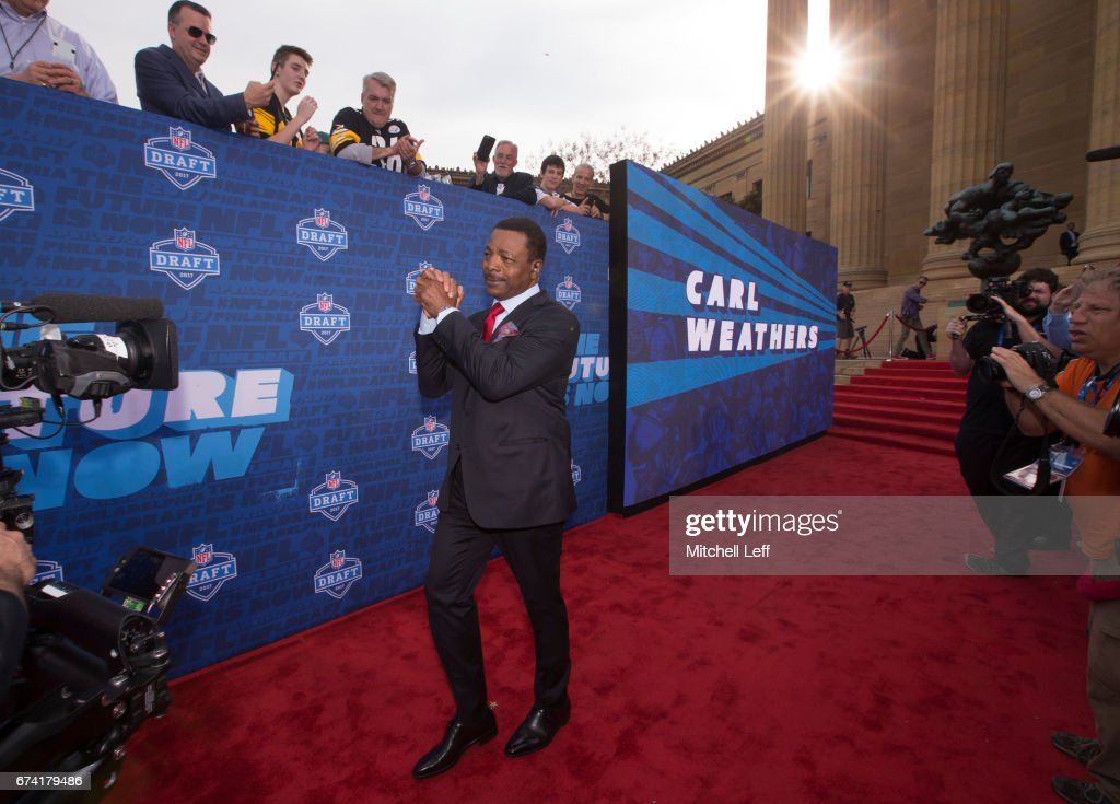 Actor Carl Weathers walks the red carpet prior to the start of the 2017 NFL Draft on April 27, 2017 in Philadelphia, Pennsylvania.