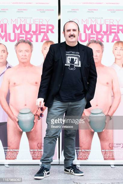 Actor Carlos Areces attends 'Yo mi mujer y mi mujer muerta' photocall on June 24 2019 in Madrid Spain