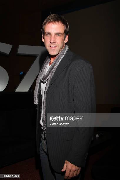 Actor Carlos Ponce attends the BlackBerry Bold 9900 launch at Roma Norte on October 18 2011 in Mexico City Mexico