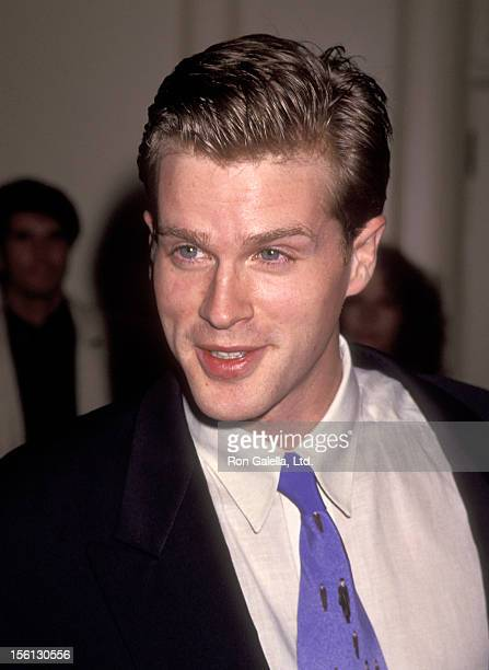 Actor Cary Elwes attends the 'Screen Actors Guild's Jack Oakie Awards' on January 10 1994 at Regent Beverly Wilshire Hotel in Beverly Hills California