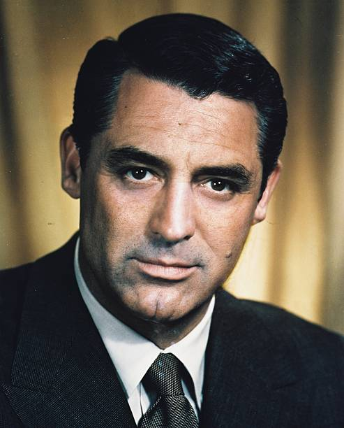 actor-cary-grant-circa-1945-picture-id68
