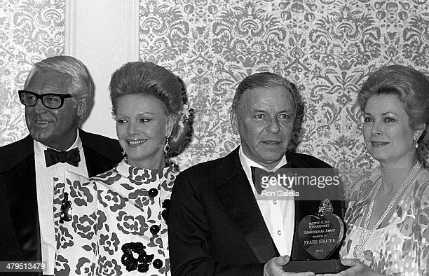 Actor Cary Grant singer Frank Sinatra and wife Barbara and actress Princess Grace Kelly attend the 53rd Annual Variety Clubs International Convention...