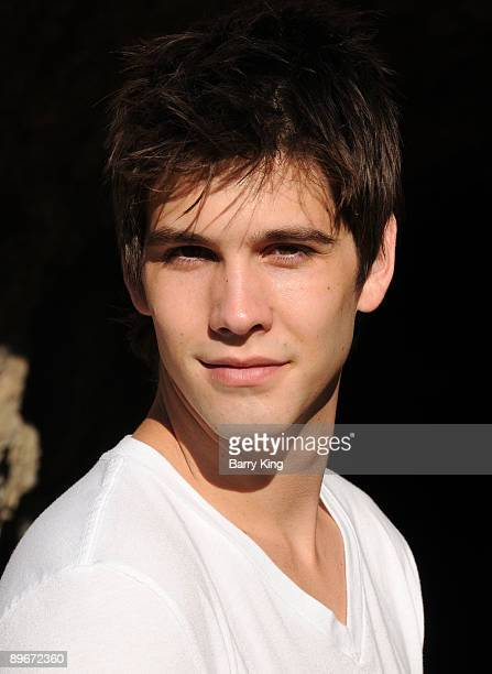 Actor Casey Deidrick poses during a photo shoot on August 7 2009 in Los Angeles California