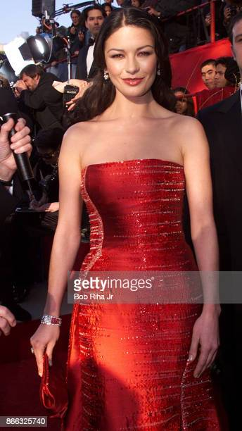 Actor Catherine ZetaJones at the 71st Annual Academy Awards March 21 1999 In Los Angeles California