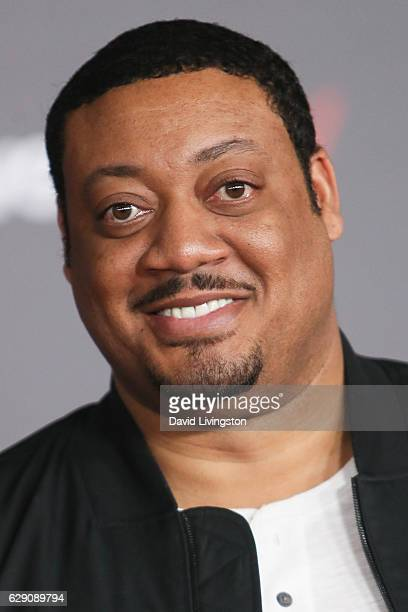 Actor Cedric Yarbrough arrives at the premiere of Walt Disney Pictures and Lucasfilm's Rogue One A Star Wars Story at the Pantages Theatre on...