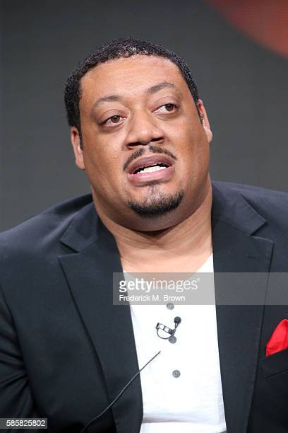 Actor Cedric Yarbrough speaks onstage at the 'Speechless' panel discussion during the Disney ABC Television Group portion of the 2016 Television...