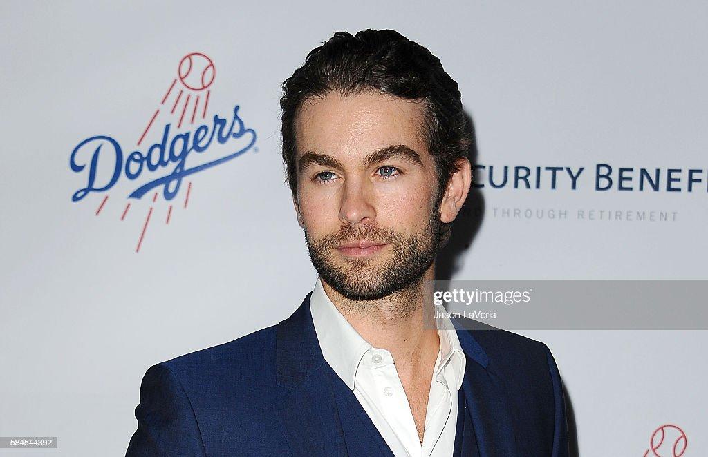 Los Angeles Dodgers Foundation Blue Diamond Gala - Arrivals : News Photo