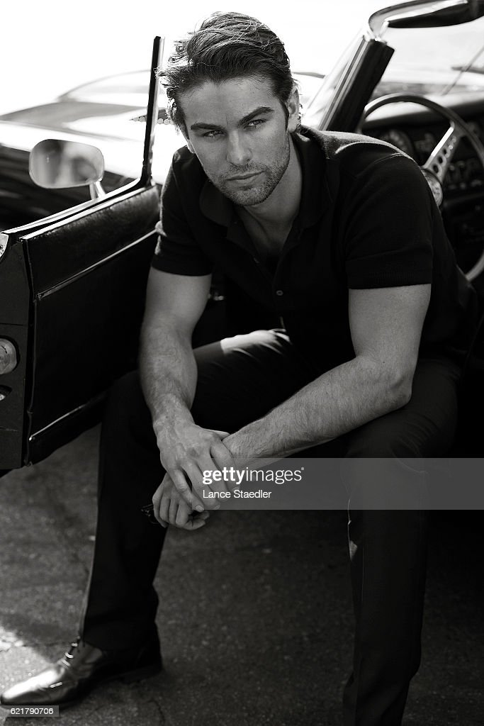 Actor Chace Crawford poses for a portrait shoot on June 2, 2009 in Los Angeles, California.