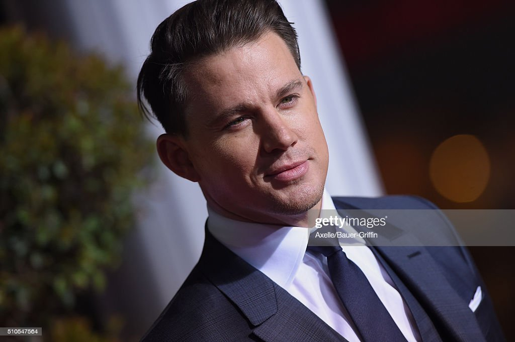 """Premiere Of Universal Pictures' """"Hail, Caesar!"""" : News Photo"""