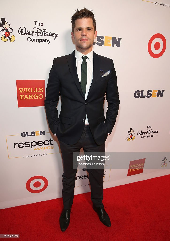 Actor Charlie Carver attends the 2016 GLSEN Respect Awards - Los Angeles at the Beverly Wilshire Four Seasons Hotel on October 21, 2016 in Beverly Hills, California.