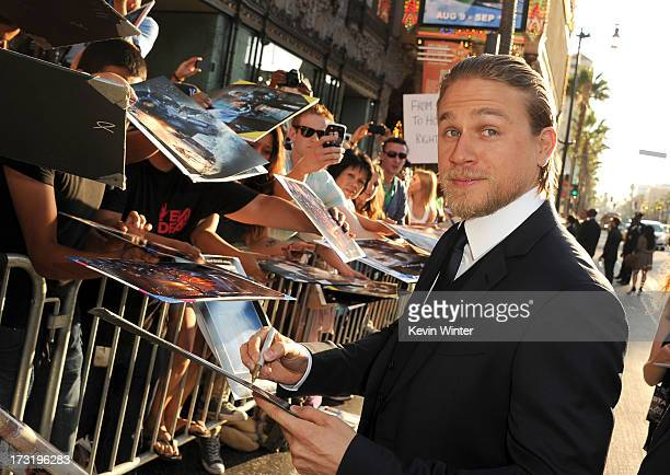 "Actor Charlie Hunnam arrives at the premiere of Warner Bros. Pictures' and Legendary Pictures' ""Pacific Rim"" at Dolby Theatre on July 9, 2013 in..."