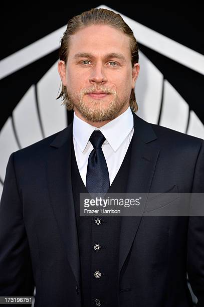 Actor Charlie Hunnam arrives at the premiere of Warner Bros Pictures' and Legendary Pictures' 'Pacific Rim' at Dolby Theatre on July 9 2013 in...