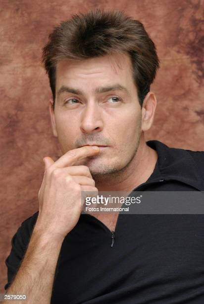OUT*** Actor Charlie Sheen attends the press conference for his new television series Two and a Half Men at the Four Seasons Hotel on September 29...