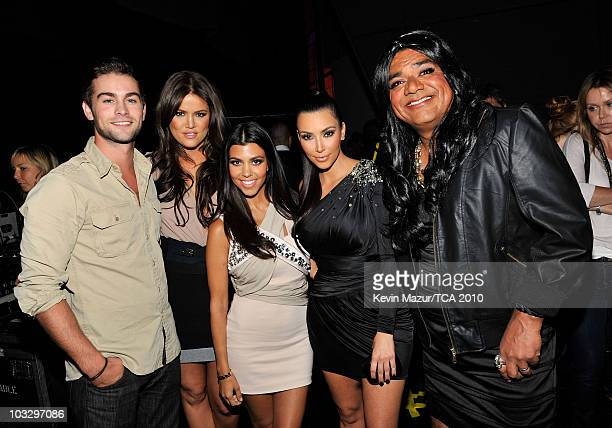 Actor Chase Crawford TV personalities Khloe Kardashian Kourtney Kardashian Kim Kardashian and comedian George Lopez attend the 2010 Teen Choice...