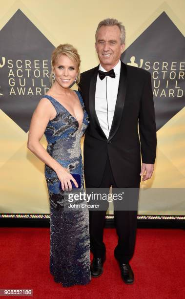 Actor Cheryl Hines and Robert F Kennedy Jr attend the 24th Annual Screen Actors Guild Awards at The Shrine Auditorium on January 21 2018 in Los...