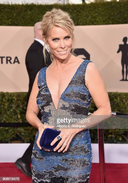Actor Cheryl Hines attends the 24th Annual Screen Actors Guild Awards at The Shrine Auditorium on January 21 2018 in Los Angeles California 27522_006