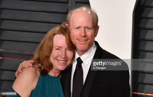 Actor Cheryl Howard and filmmaker Ron Howard attend the 2017 Vanity Fair Oscar Party hosted by Graydon Carter at Wallis Annenberg Center for the...
