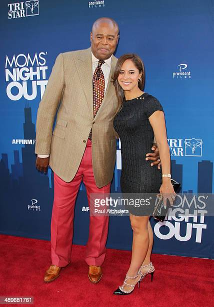 Actor Chi McBride and his Wife Julissa McBride attend the premiere of Mom's Night Out at TCL Chinese Theatre IMAX on April 29 2014 in Hollywood...