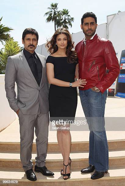 Actor 'Chiyaan' Vikram Actress Aishwarya Rai Bachchan Abhishek Bachchan attend the 'Raavan' Photocall at the Salon Diane at The Majestic during the...