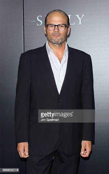 """Actor Chris Bauer attends the """"Sully"""" New York premiere at Alice Tully Hall, Lincoln Center on September 6, 2016 in New York City."""