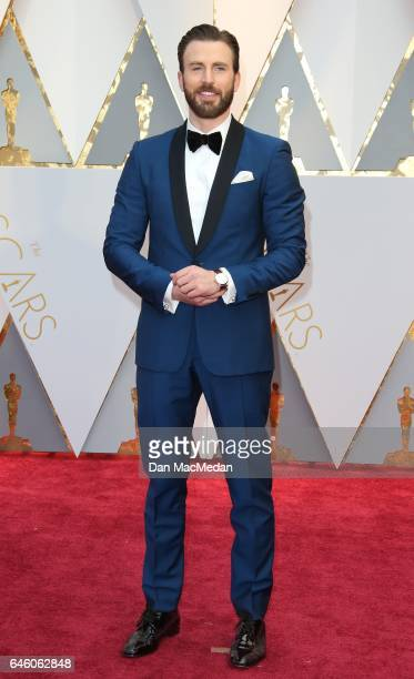 Actor Chris Evans arrives at the 89th Annual Academy Awards at Hollywood Highland Center on February 26 2017 in Hollywood California