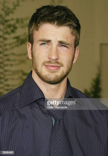 "Actor Chris Evans arrives at the Los Angeles Premiere of Paramount's ""Perfect Score"" at the Cinerama Dome on January 27, 2004 in Hollywood,..."