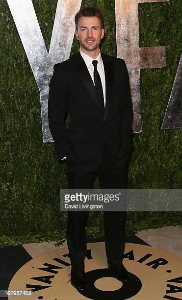 Actor Chris Evans attends the 2013 Vanity Fair Oscar Party at the Sunset Tower Hotel on February 24 2013 in West Hollywood California