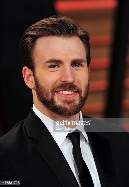 Actor Chris Evans attends the 2014 Vanity Fair Oscar Party hosted by Graydon Carter on March 2 2014 in West Hollywood California