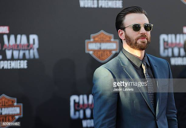"""Actor Chris Evans attends the premiere of """"Captain America: Civil War"""" at Dolby Theatre on April 12, 2016 in Hollywood, California."""