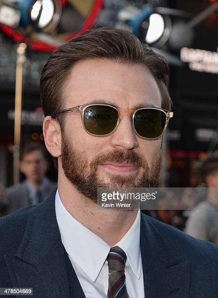 Actor Chris Evans attends the premiere of Marvel's 'Captain America The Winter Soldier' at the El Capitan Theatre on March 13 2014 in Hollywood...