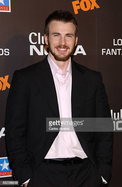 "Actor Chris Evans attends the premiere of the new film ""Fantastic Four"" at Kinepolis Cinema on July 14, 2005 in Madrid, Spain."