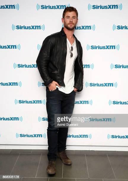 Actor Chris Hemsworth attends SiriusXM's 'EW Spotlight' With Chris Hemsworth And Taika Waititi at SiriusXM Studios on October 30 2017 in New York City