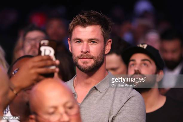 Actor Chris Hemsworth attends the super welterweight boxing match between Floyd Mayweather Jr and Conor McGregor on August 26 2017 at TMobile Arena...