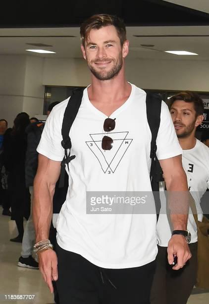Actor Chris Hemsworth is seen upon arrival at Narita International Airport on November 21, 2019 in Narita, Japan.