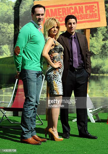 US actor Chris Klein US actress Mena Suvari and US actor Jason Biggs pose during a photocall of the film American Pie ancora insieme on April 18 2012...