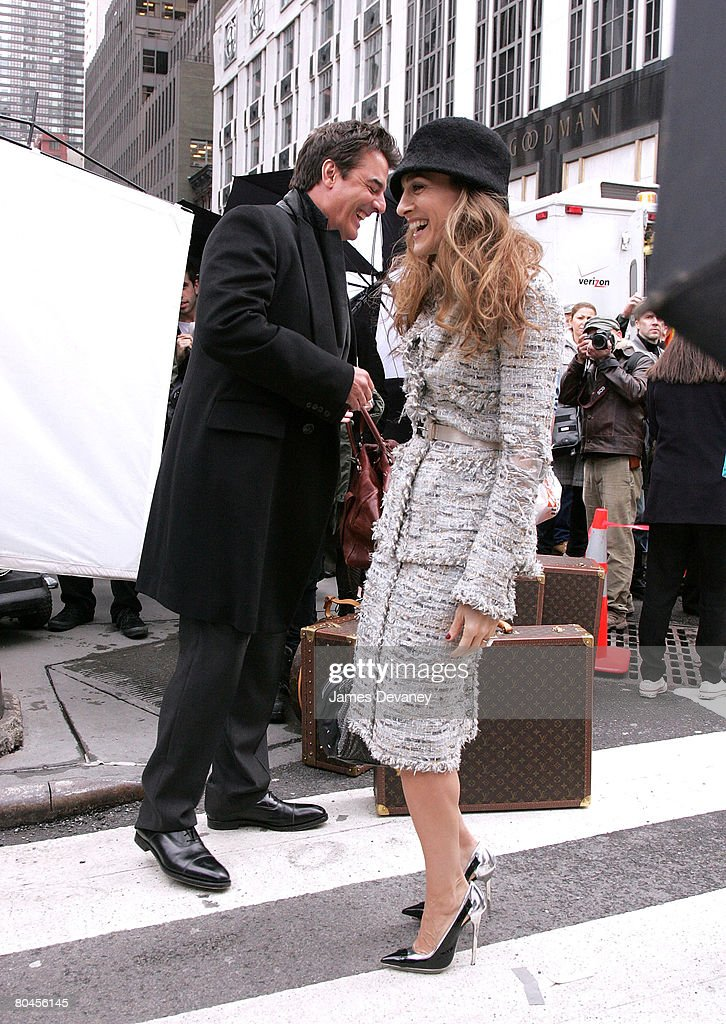 """Sarah Jessica Parker and Chris Noth on Location for """"Sex and the City"""" Photo Shoot in New York - March 5, 2008 : News Photo"""