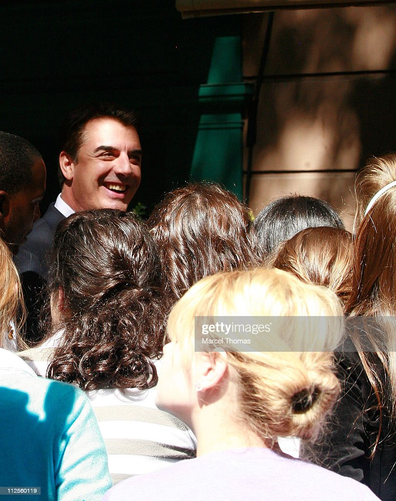 Actor Chris Noth films a scene for 'Sex and the City: The Movie' on the upper eastside September 20, 2007 in New York City.