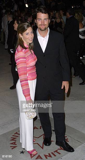 Actor Chris O''Donnell and wife Caroline Fentress arrive at the Vanity Fair post Oscar party March 25 2001 at Morton's restaurant in West Hollywood