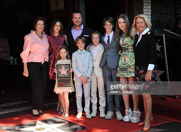 Actor Chris O'Donnell with wife children mother and motherinlaw at the Chris O'Donnell Star Ceremony On The Hollywood Walk Of Fame on March 5 2015 in...