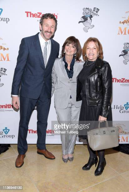 Actor Chris O'Dowd The Help Group CEO Dr Barbara Firestone and Lionsgate Television Group president Sandra Stern attend The Help Group's 21st Annual...